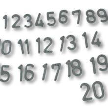 Plastikowe numeri na ule